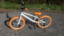 Bicycle for children is as stylish as the bicycle for adults with a basket but does not have fend